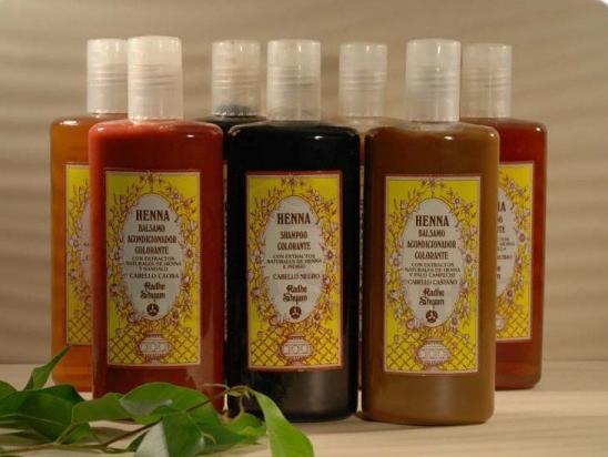 Amaciador colorante Henna para cabelos castanhos 250 ml - Radhe Shyam
